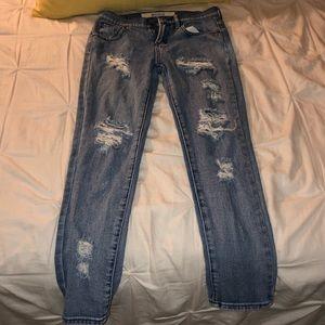 Women's Ripped Boyfriend Jeans